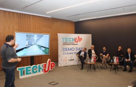 TechUp 2018 DemoDay.
